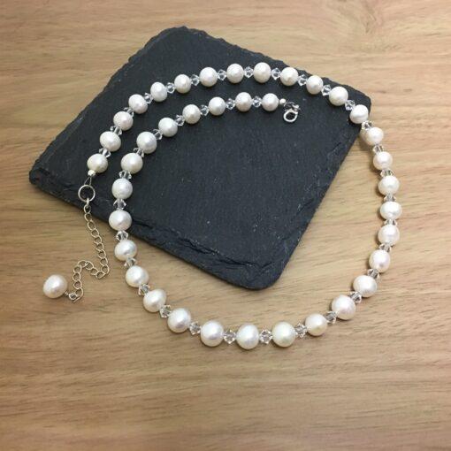 Pearl Crystal Necklace Pearl Crystal Necklace