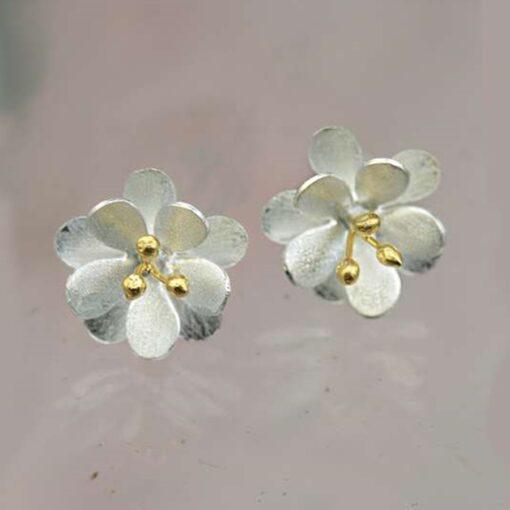 double satin daisy earrings double satin daisy earrings