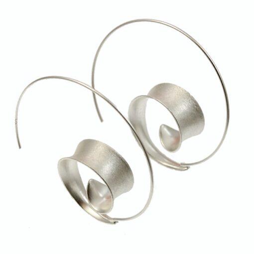 Silver Curl Shaped Hoop Earrings E175 Silver Curl Shaped Hoop Earrings E175