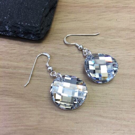 Twist Disc Earrings Twist Disc Earrings