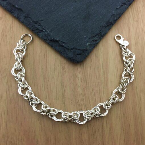 DP288 Twist Entwined Rings Bracelet DP288 Twist Entwined Rings Bracelet